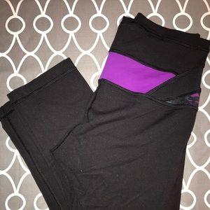Lululemon reversible crop leggings